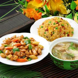 鶏肉とカシューナッツ炒め&五目炒飯セット