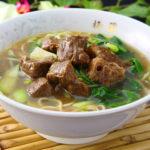 牛バラ肉入り麺